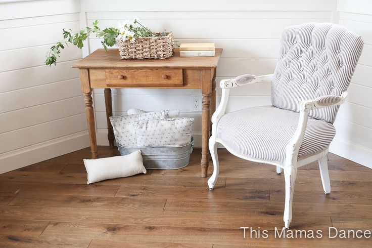 Button Tufting, white and navy striped chair