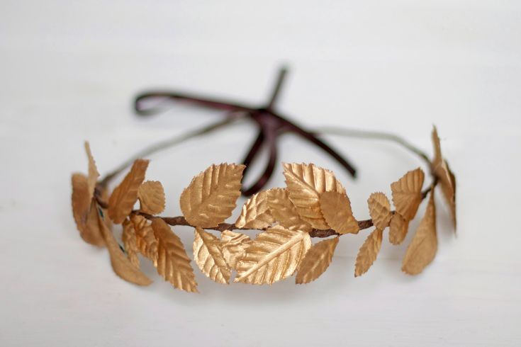 Edinburgh  Floral Crown made with golden leaves by Palomilla