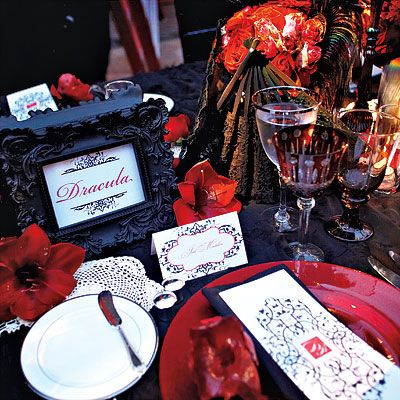 Red, white, black table setting from Billy Martin (of Good Charlotte) and Linzi Williamson's wedding