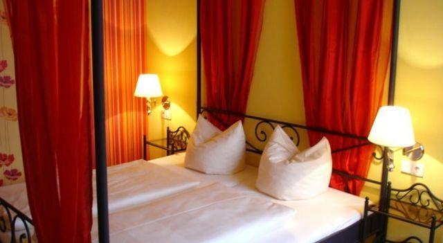 Hostel & Pension NOlift - 2 Star #Hostels - $41 - #Hotels #Germany #Dresden #Löbtau http://www.justigo.com.au/hotels/germany/dresden/lobtau/hostel-pension-nolift_221445.html