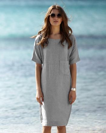 gotta love a linen dress