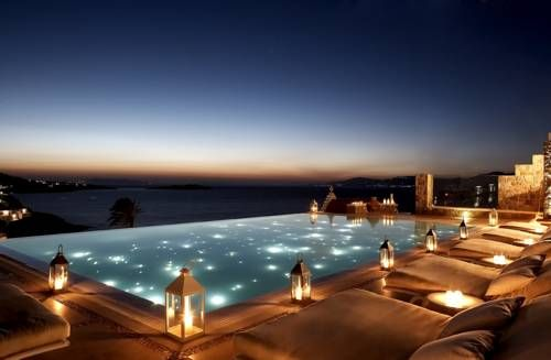 Bill-coo-suites-and-lounge Greece