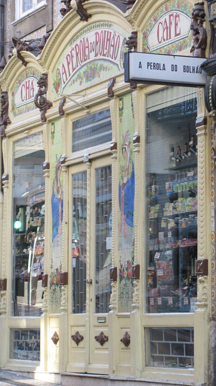 A Pérola do Bolhão, coffee shop #Oporto #Portugal