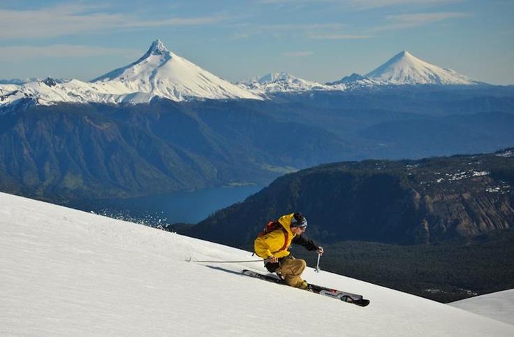 ESquiando en Antillanca, Región de los Lagos, Chile