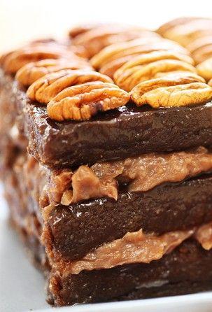 Explosão de chocolate: aprenda a fazer terrine de Ovomaltine e nozes