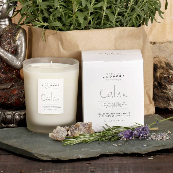 100% natural calming candle- A comforting blend of lavender, bergamot, ylang ylang, rosemary and frankincense essential oils designed to relax the mind and bodyavailable in clear, frosted or white containers.A 100% natural aromatherapy soy candle. Soothing lavender has been blended with clean crisp bergamot and ylang ylang, with herbal undertones of rosemary and base notes of rejuvenating frankincense. This calming candle is an ideal gift for anyone who would benefit from a little extra…