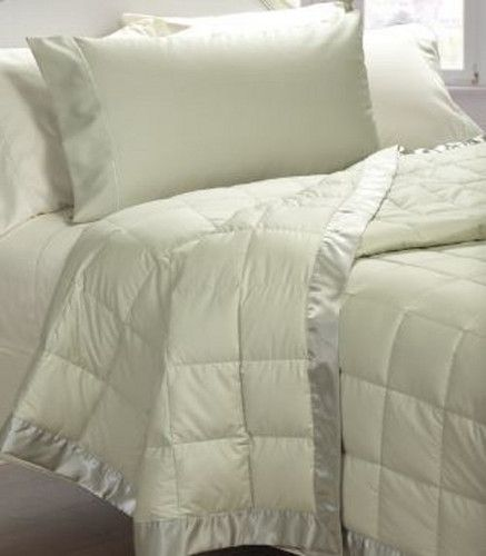 Cuddledown 400 Thread Count Oversized Synthetic Fill Blanket or Throw