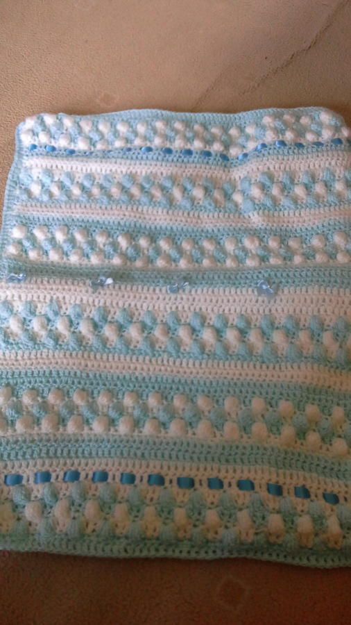 bobble blanket with removeable quilting for making washing easy - Knitting creation by evepudding | Knit.Community