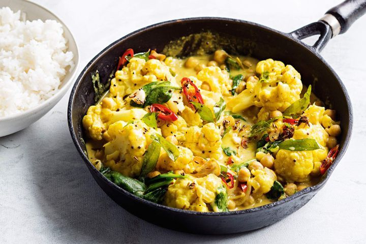 Cauliflower, chickpea and coconut curry