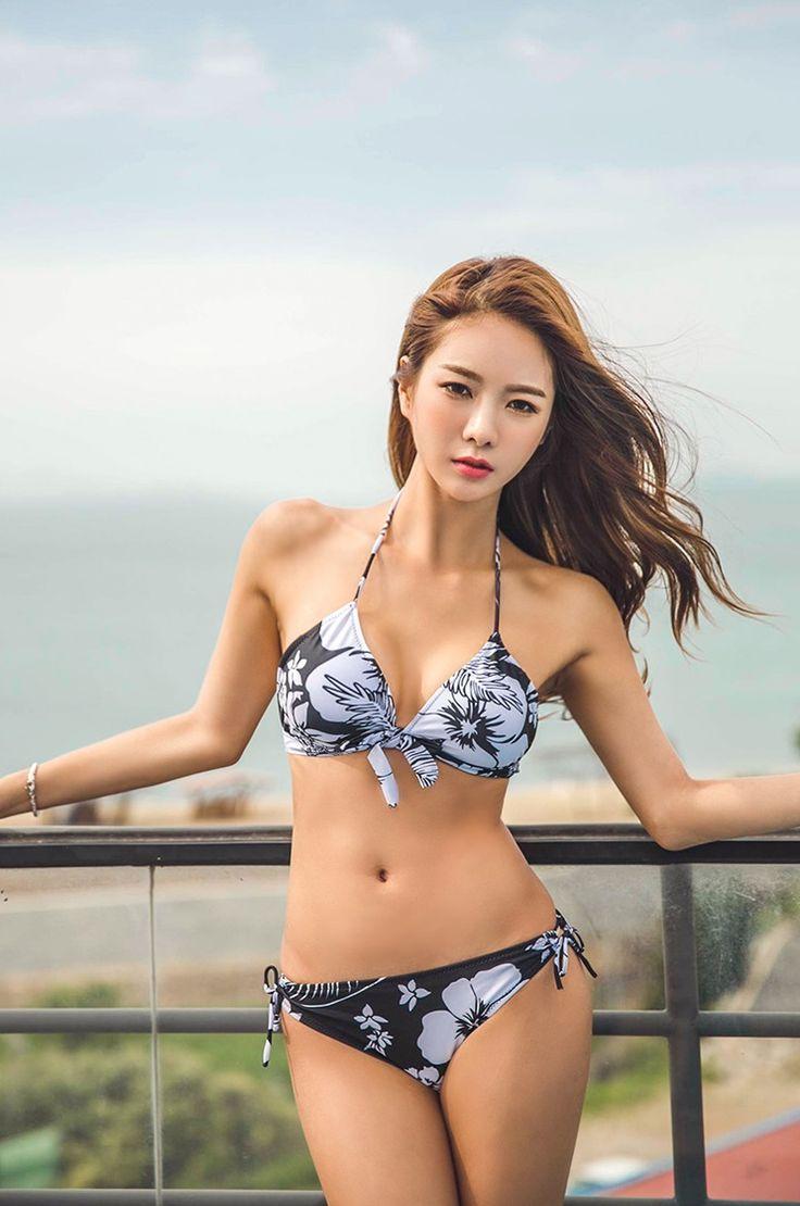 asian-of-model-blog-high-heel-dildo