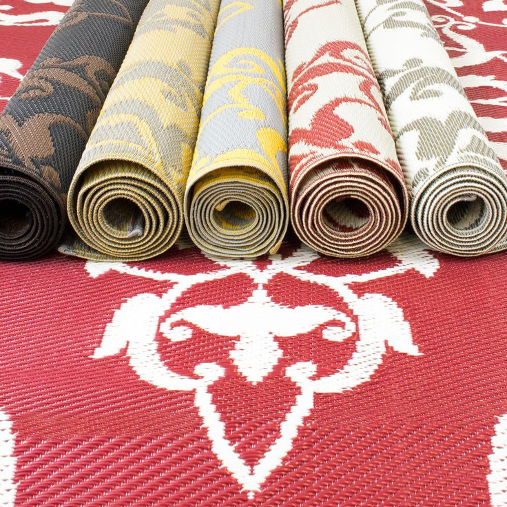 Plastic Outdoor Rugs In Different Colors