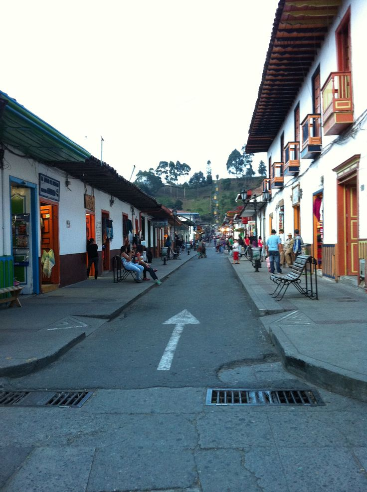 Salento, Quindio, Colombia  Shopping!!! :)