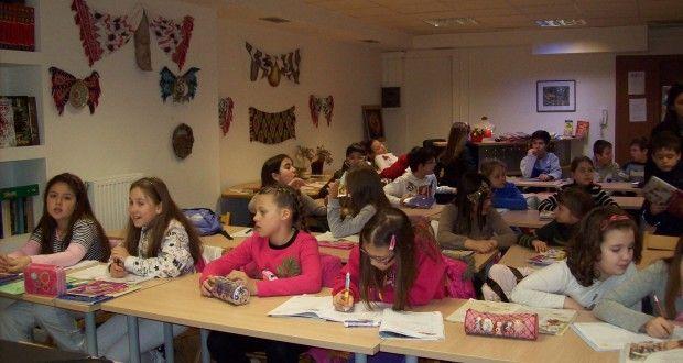 Ce fac femeile românce în Grecia   Ziarul Emigrantul. Portal de știri și informații pentru românii din Italia
