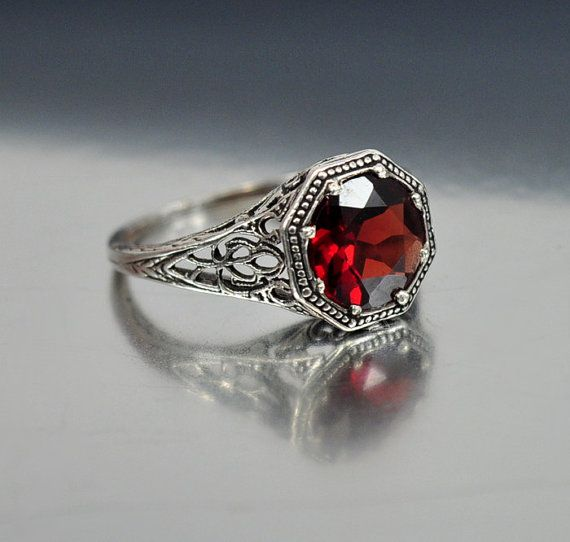 Vintage Sterling Silver Filigree Garnet Ring Size 5.5 Engagement Ring Art Deco Wedding Jewelry