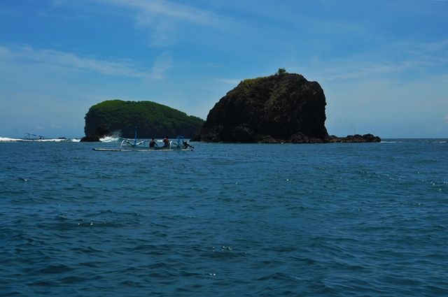 Deep sea fishing along the coast of Candidasa, Bali