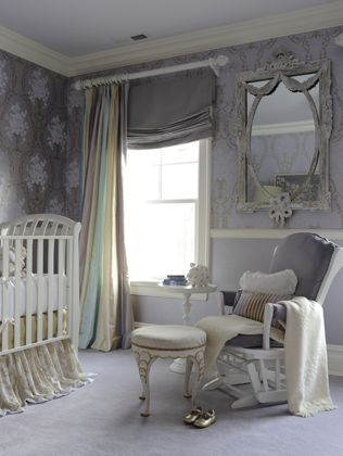 {nursery} elegant lilac, white, gold