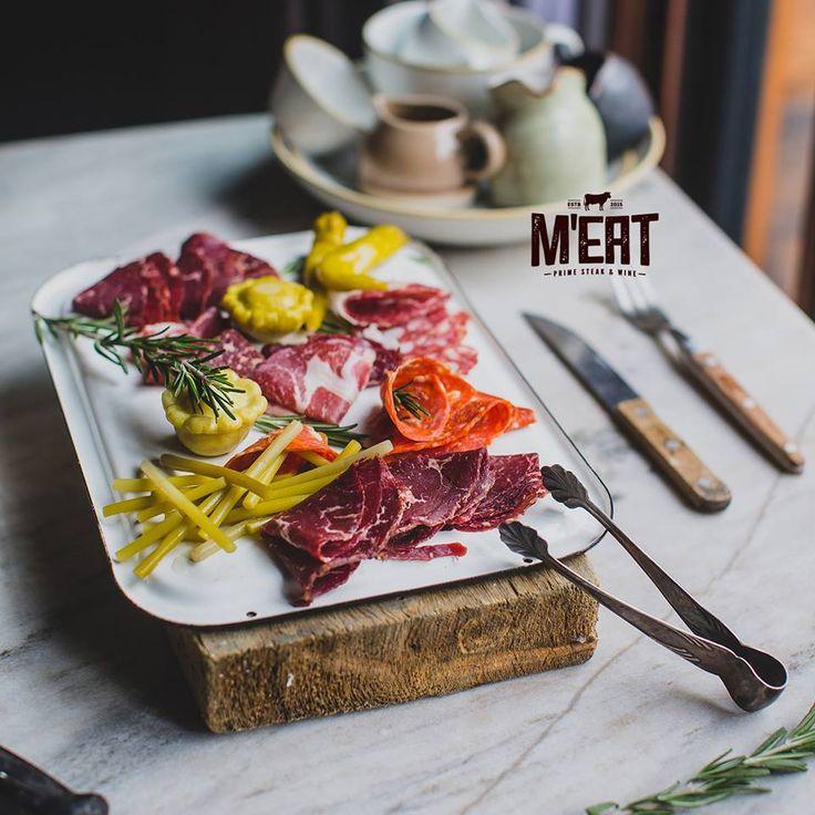 Sausage platter #meatbybeat #beatgroup #meatrestaurant #steakhouse #steaks #azerbaijan #baku #restaurants #food #cuisine #sausages #sausageplatter