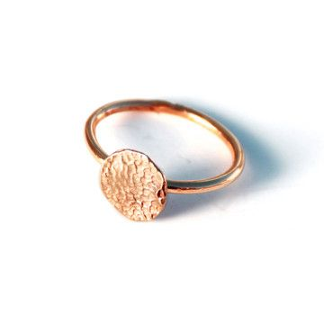 Personalized Pet Paw Print Ring in Rose Gold.