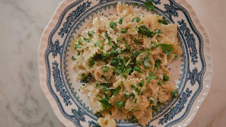 vegetarisk pasta alfredo med grønn tvist -