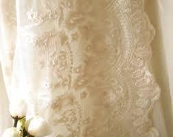 Billedresultat for cream lace fabric
