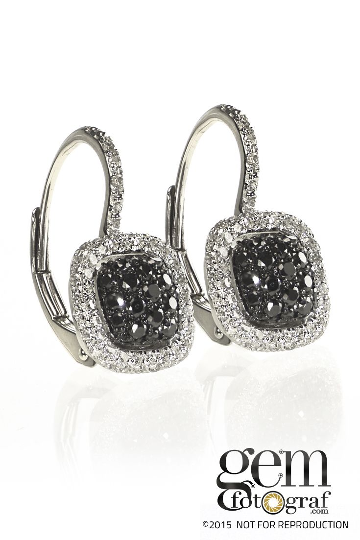 Black diamonds are often paired with colorless diamond for the ultimate in contrast. Jewelry that has patterns in black and white diamonds bring out the best in both stones, in a very elegant look.