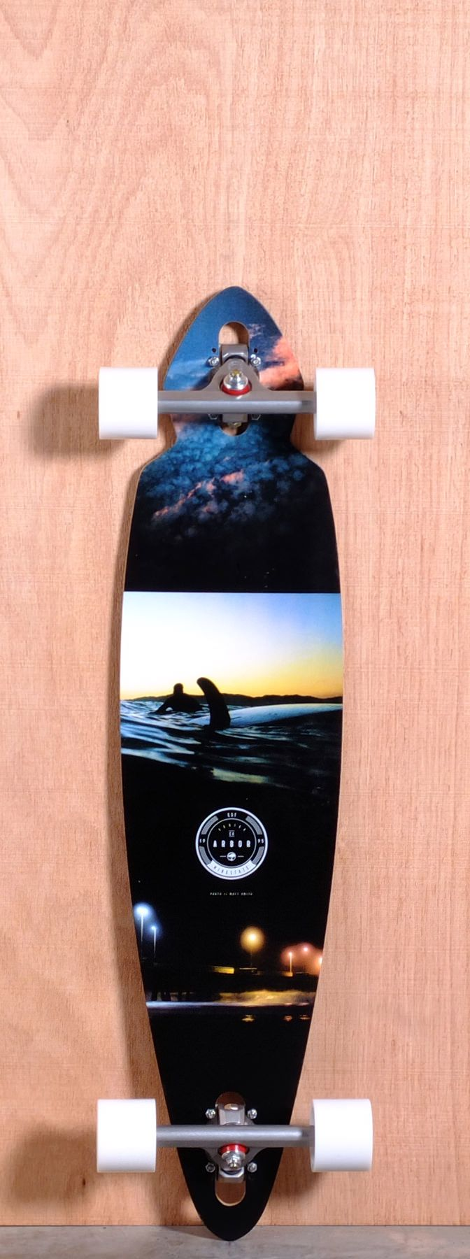 The Arbor Mindstate Koa Longboard Complete is designed for Carving and Cruising. Ships fully assembled and ready to skate!