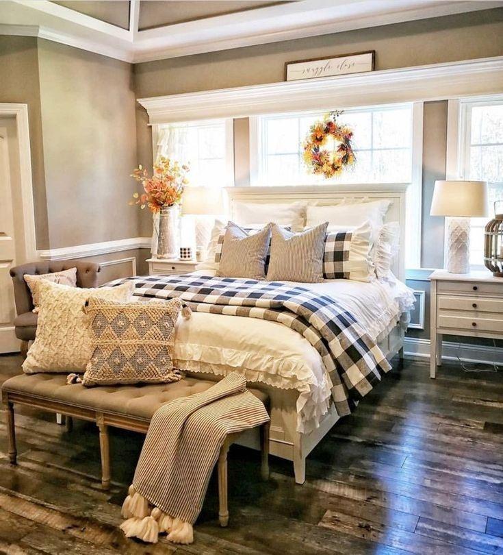 Master Bedroom Farmhouse Decor