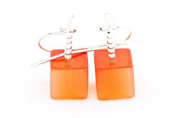 orange beaded earrings / cats eye stone orange summer by DevikaBox, $13.00Earrings Cat, Eye Orange, Orange Summer, Earrings Orange, Beads Earrings, Cat Eyes, Orange Beads, Beaded Earrings, Neon Earrings