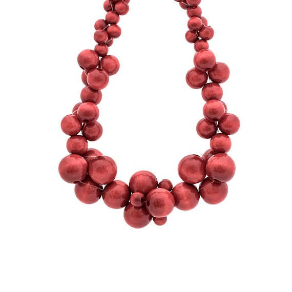 MoleCOOLs Red wooden necklace