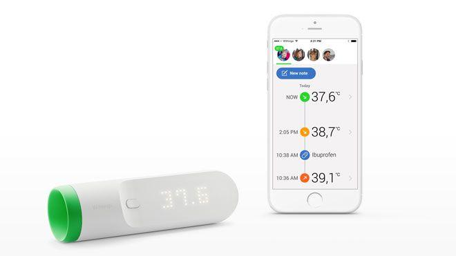 Ağız veya kulaktan ateşimizi ölçen çubuk tasarımlı ürünlerin yanında endüstriyel tasarım devrimi gibi kalan Withings Thermo, hızlı ve tutarlı sonuçlara ulaşabilmek için 16 sensör kullanıyor. Vücut sıcaklığının en doğru şekilde ölçülebileceği şakak bölgesine cihazı dokundurarak kullanılan Thermo, iki saniye içinde 4 bin ölçüm yaparak sonucu kullanıcıya üzerindeki LED ekranda gösteriyor. #İşCep #AnındaBankacılık #teknoloji #mobilhaber #mobiluygulama #mobilhayat #technology #digital #life…