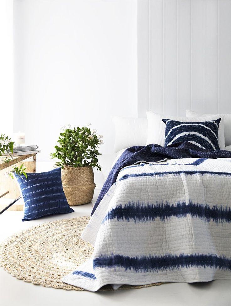 Hampton Tie Dye Bedspread / Quilt