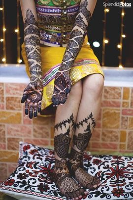 Mehendi Designs - Bridal Hand and Feet Mehendi | WedMeGood | Bridal Hand Zig Zag Mehendi Design and Peacock Design on Feet Mehendi | Find More Mehendi Inspirations on wedmegood.com #wedmegood #mehendi #bridal