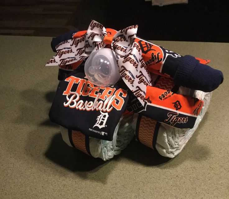Detroit Tigers Diaper Cake Tricycle