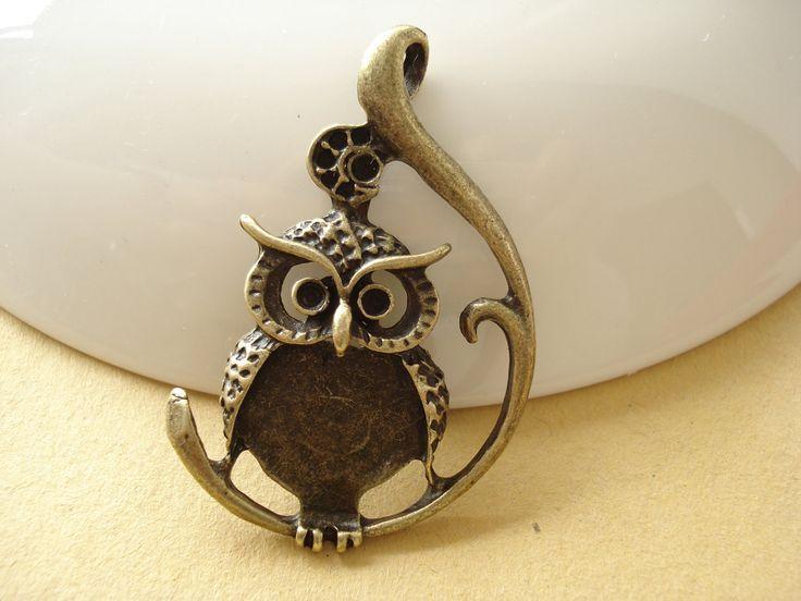 2pcs OWL Antiqued Bronze/ Pendant/ Charm 48x30mm B453 https://www.etsy.com/listing/166995365/2pcs-owl-antiqued-bronze-pendant-charm?utm_source=socialpilotco&utm_medium=api&utm_campaign=api #bead #metal