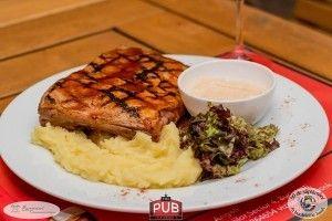 Coaste de porc marinate la gratar - Culinar.ro