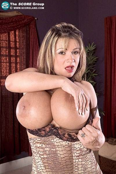 Alissa brunelli nude