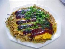 nagasaki style okonomiyaki 広島風お好み焼き (cabbage, sprouts, scallion, porkfish, aonori, soba)