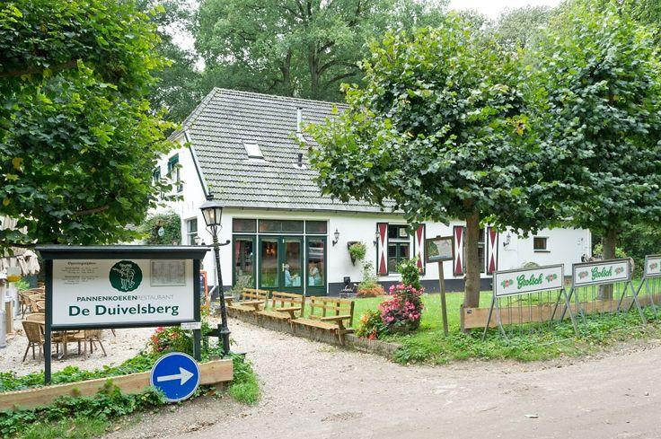 De allerleukste en lekkerste plek om pannenkoeken te eten in de omgeving van Nijmegen. Het is heerlijk om na een lekkere wandeling in de prachtige omgeving jezelf te belonen met een zalige pannenkoek en een speciaalbiertje. Bij mooi weer een fijn terras en leuke speeltuin