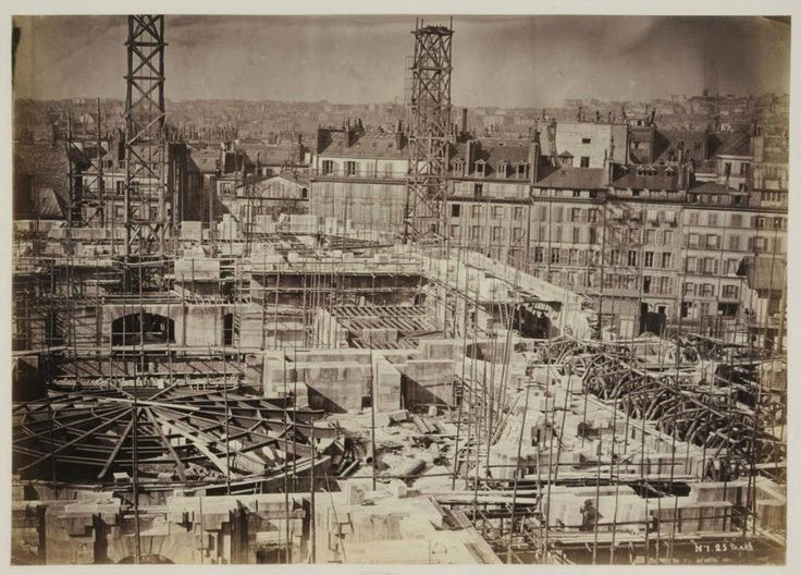 vestiaire de l'opera garnier   Et Charles Garnier construit l'Opéra…