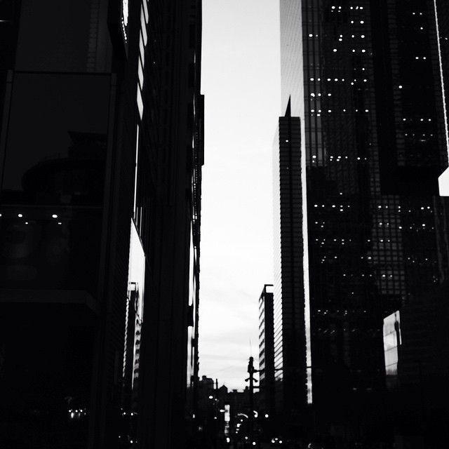 도시 흑백 - Google 검색