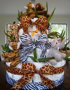 How to Make a Jungle Diaper Cake