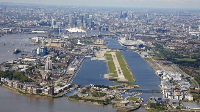 World S 10 Most Scenic Airport Landings For 2019 London City Airport Top Travel Destinations London City