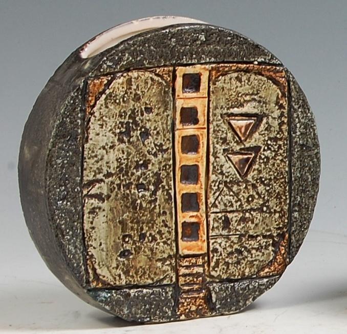 Wheel vase, Troika Pottery