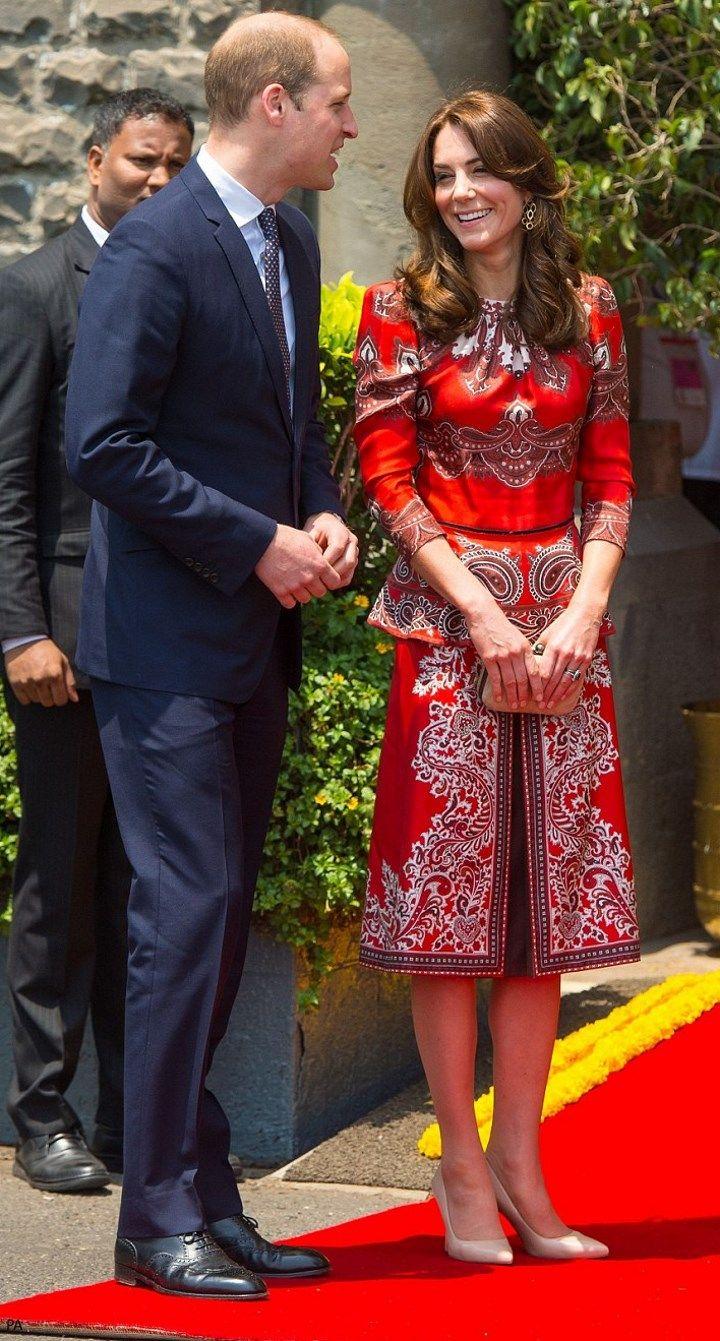 hrhduchesskate: Royal Tour 2016-Mumbai, India, April 10, 2016-The Duke and Duchess of Cambridge