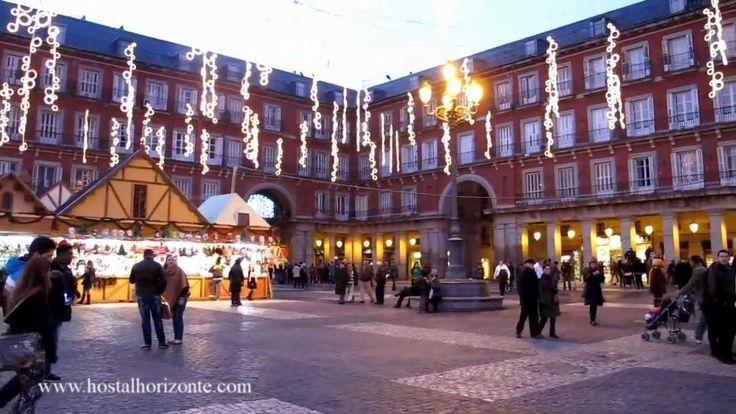 Navidad en la Puerta del Sol, Plaza Mayor y Cortylandia. Hostal Horizont...