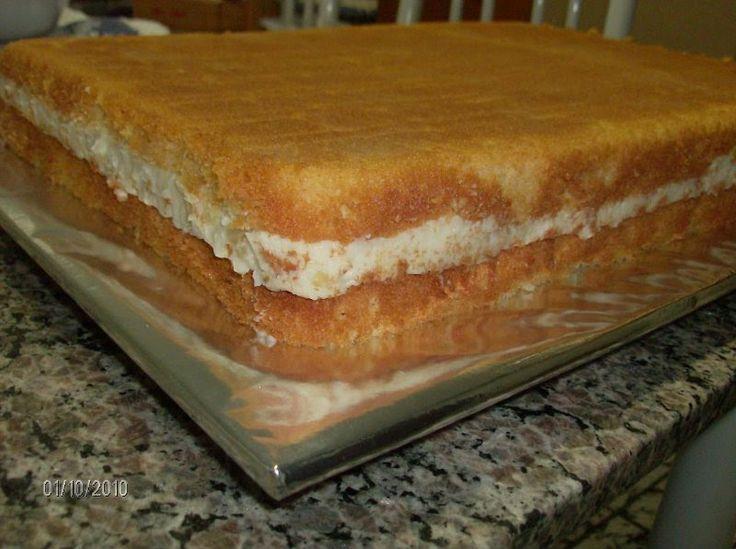 BOLO DE CREME COM ABACAXI (4k) receita da nossa querida Marli Frois, esse bolo depois com o chantilly rende 4 kilos de pura delícia.