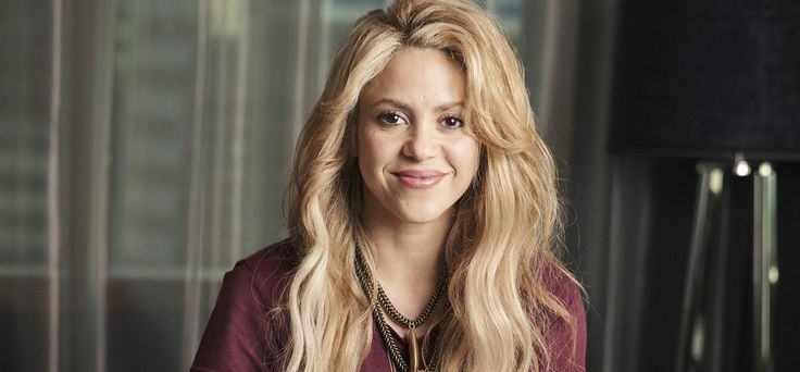 Shakira teme perder su voz tras operación -  Shakira Shakira decidió no operarse las cuerdas vocales para tratar la hemorragia que padece porque teme perder su tono de voz, asegura el diario El País de España en su edición del martes. Según indica la mencionada publicación, la colombiana ha optado por seguir un tratamiento en base a corti... - https://notiespartano.com/2018/01/17/shakira-teme-perder-voz-tras-operacion/