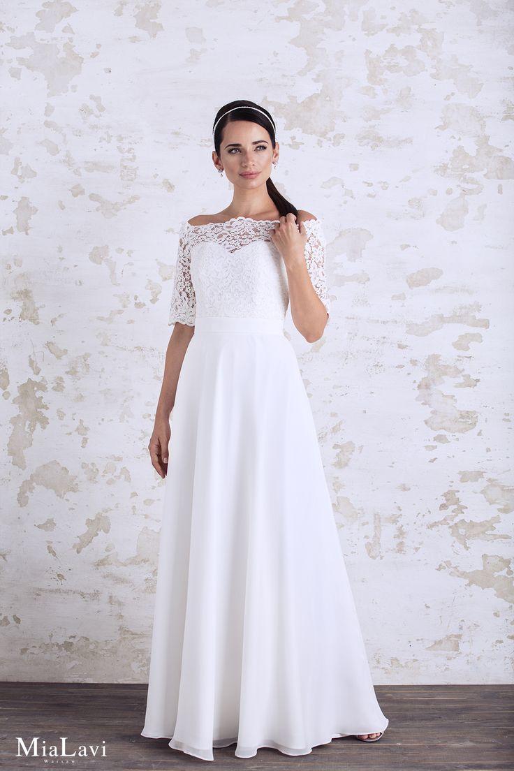 Lace and romantic wedding dress 1745, Mia Lavi 2017