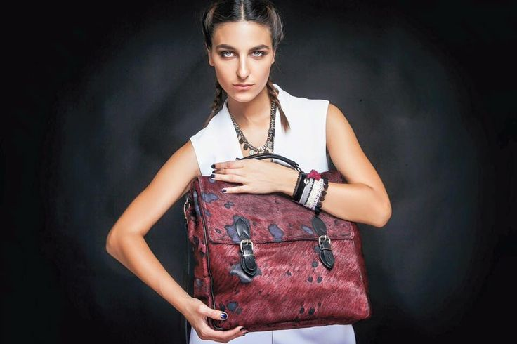 Amazing news for Sider Girls!!!The new greek brand Marivee with its unique bags has just arrived in our stores!!!#sidervaluablesteps www.sider.gr
