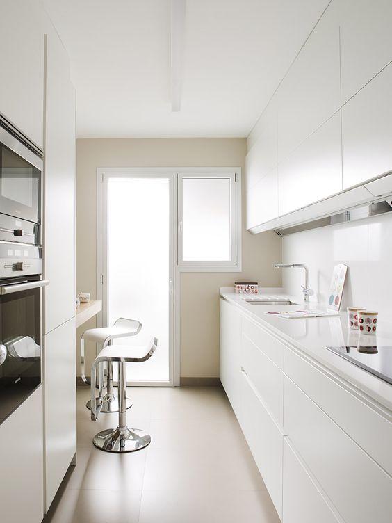 M s de 25 ideas incre bles sobre peque as cocinas blancas - Cocinas blancas pequenas ...